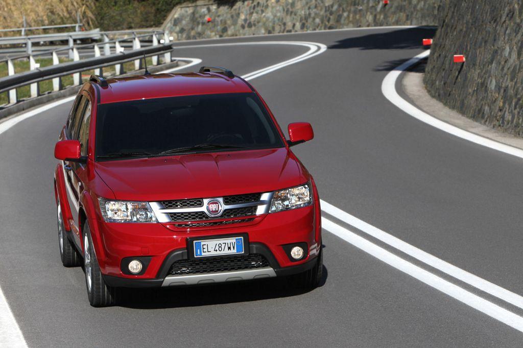 """Fiat Freemont AWD ist """"Allrad-Van des Jahres 2014"""""""