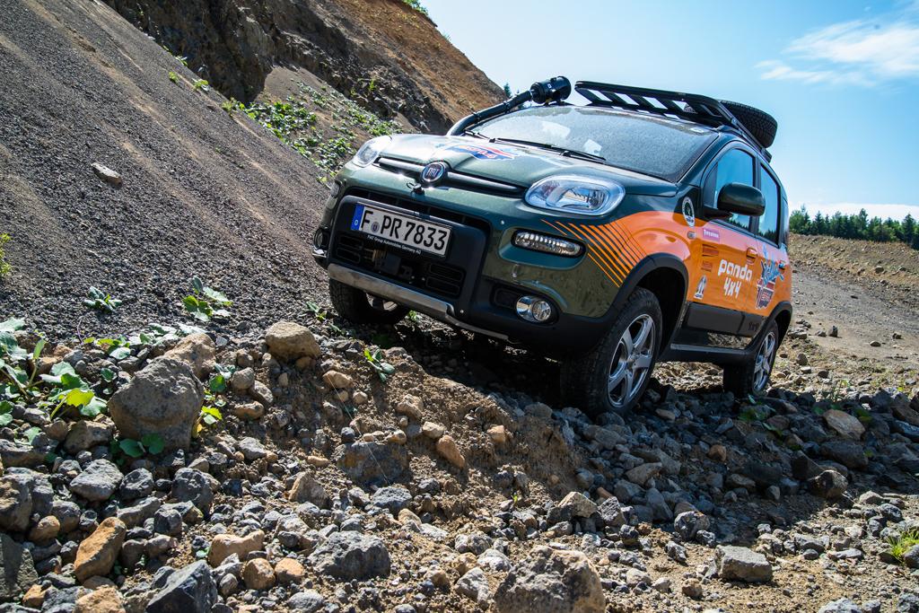 Fiat Panda 4×4 startbereit für Island-Tour